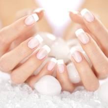 Jak przygotować domowe SPA dla dłoni?
