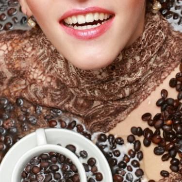 Jak wykonać maseczkę na twarz z kawy?