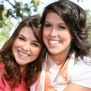 Jakie są zalety posiadania siostry?