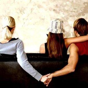 Jakie są oznaki zdradzania przez męża?