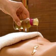 Jak wykonać jadalny olejek do masażu?