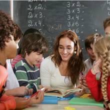 Jak wybrać odpowiedni prezent dla nauczyciela?