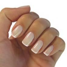 Jak wykonać manicure?