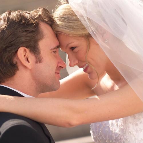 Jak wybrać odpowiedni prezent na pierwszą rocznicę ślubu?