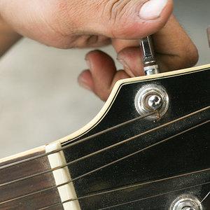 Napręż i nastrój struny
