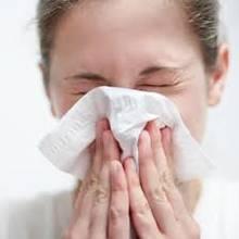 Jak rozpoznać katar zwykły i alergiczny?