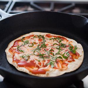 Przepis na tortillę à la pizza