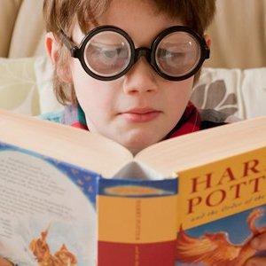 "Joanne K. Rowling: ""Harry Potter i kamień filozoficzny"""