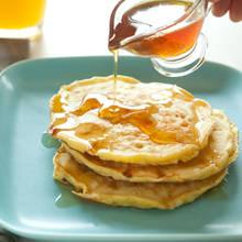 Przepis na śniadaniowe placuszki z serka wiejskiego