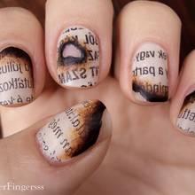 Jak ozdobić paznokcie na wzór przypalonej książki?