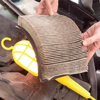 Jak zmienić filtr powietrza w samochodzie?