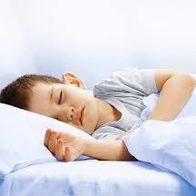 Co oznacza moczenie nocne u dzieci i jak sobie z nim radzić?
