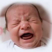 Jak zdiagnozować kolkę i rozdrażnienie w pierwszych trzech miesiącach życia niemowlęcia?