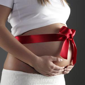 Co można podarować kobiecie w ciąży?