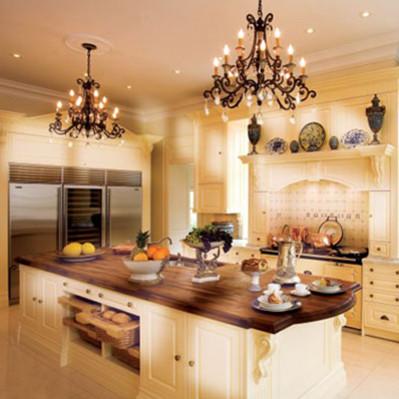 Sposoby na urządzenie przytulnej kuchni