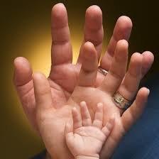 Naucz dziecko przykładem miłości