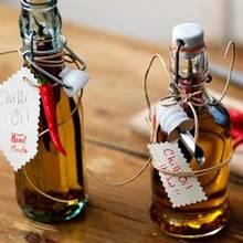 Domowa oliwa smakowa – trzy propozycje