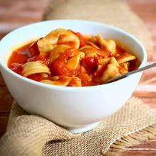 Przepis na zupę pomidorową z tortellini