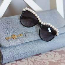Jak przyozdobić okulary przeciwsłoneczne przy pomocy pereł?