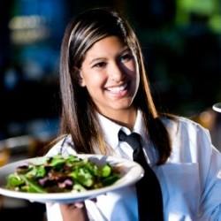 Co robić, by być dobrą kelnerką?