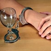 Jak wpłynąć na osobę uzależnioną od alkoholu, by podjęła leczenie?
