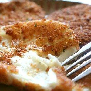 Przepis na smażoną mozzarellę