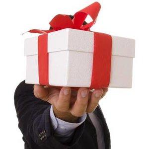 Jaki prezent wręczyć pracownikom na Gwiazdkę?