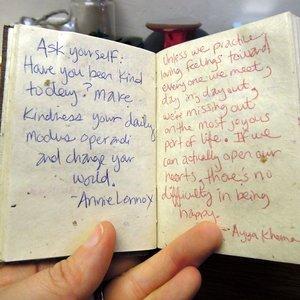Jak zrobić książkę z cytatami na prezent?