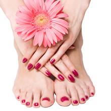 Jak skutecznie nawilżyć stopy?