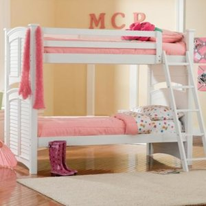 Krzesła, dziecięce łóżeczka