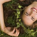 Przydatne ziołowe płukanki do włosów