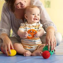 Jak się bawić z niemowlakiem?