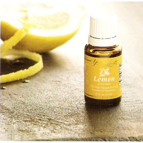 Jak przygotować olejek cytrynowy?