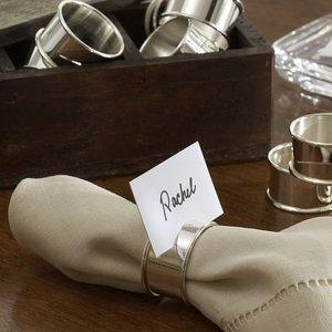Prawidłowe używanie serwetek przy stole