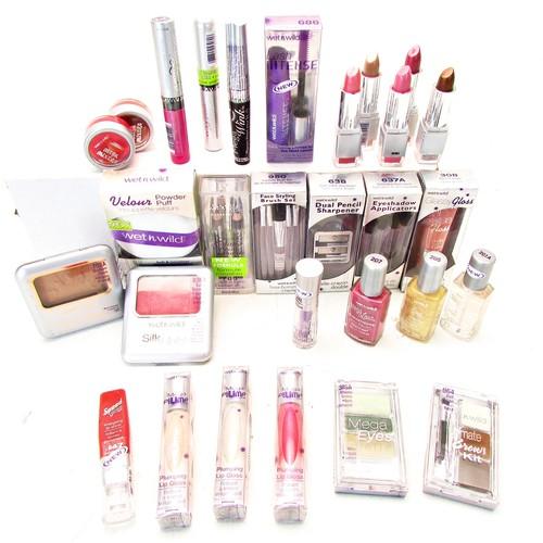 Jak prawidłowo przechowywać kosmetyki?