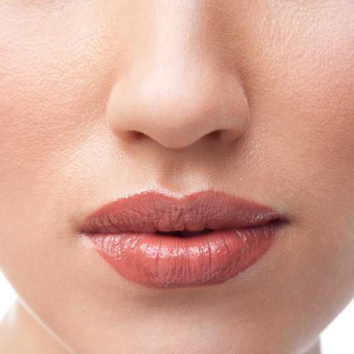 Domowe peelingi do spierzchniętych ust