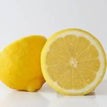 Porządki domowe – w jaki sposób wykorzystać cytryny?
