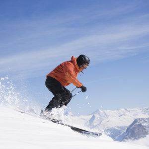 Co wziąć pod uwagę, kupując narty?