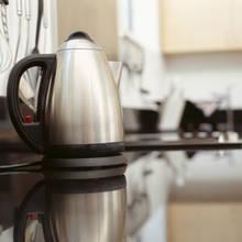 Jak odkamienić czajnik elektryczny?