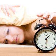 Skuteczne sposoby na rześkie wstawanie rano