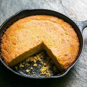 Jak zrobić smaczny chleb kukurydziany?