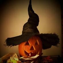 Dekoracyjny kapelusz czarownicy na Halloween