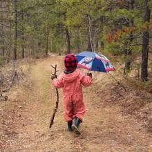 Jak przygotować się do biwaku, gdy pogoda jest niepewna?