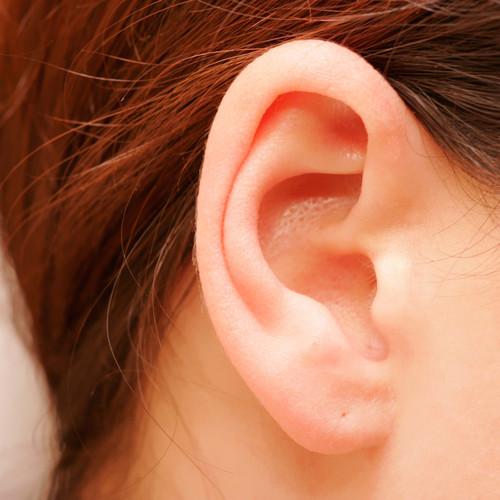Sposoby na pozbycie się woskowiny z ucha