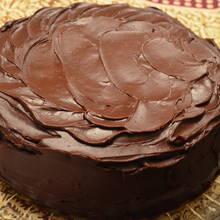 Polewa na ciasto bez czekolady – jak zrobić?