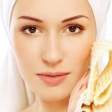 Jak wykonać domowy peeling do twarzy?