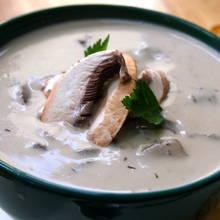 Pyszna jesienna zupa z suszonych grzybów