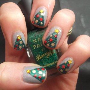 Jak zrobić ładne choinki na paznokciach?