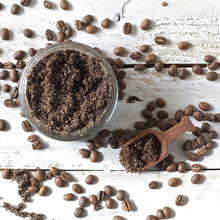 Jak przygotować scrub kawowy dla dodania sobie energii?
