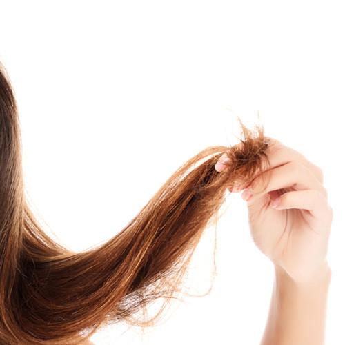 Jak powstrzymać rozdwajanie się włosów?